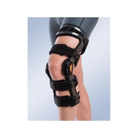 Ortesis funcional de rodilla con control de flexo-extensión OCR para la pierna izquierda